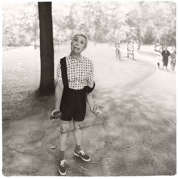 Diane_Arbus_Child_with_Toy_Hand_Grenade_1962_2014.jpg